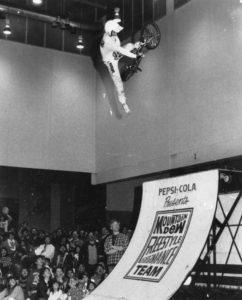 Scott Moroney dans les airs